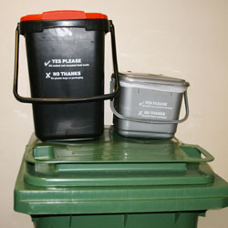 New food waste containers