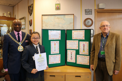 The1st prize was won by 9 year old Ashmi Gurung from Regis Manor Primary School